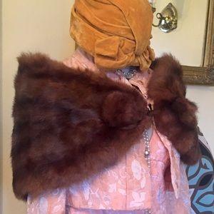 Cute Vintage Fur Shawl, Cape, or Mink Stole